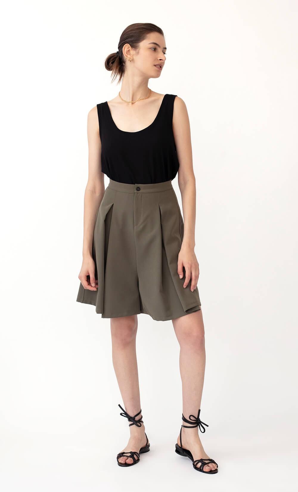 Gaucho Short Pants